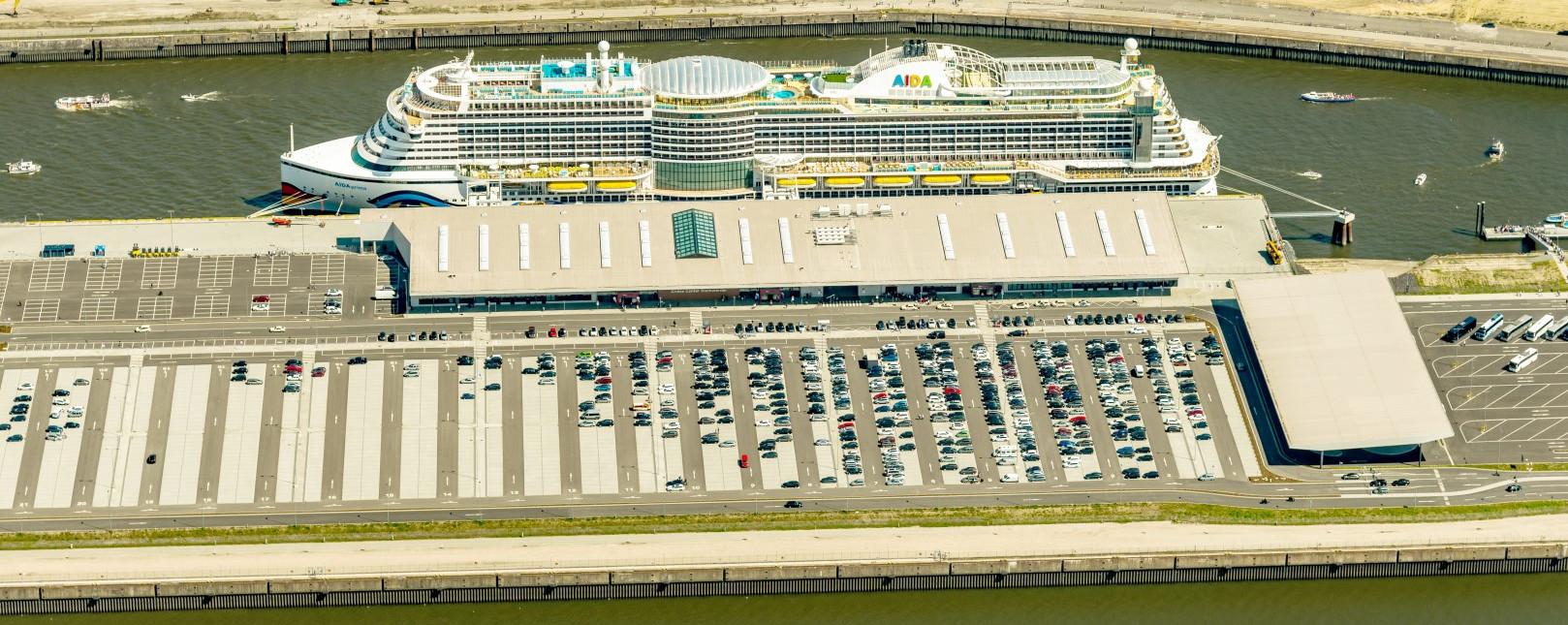 Parkfläche am Cruise Center Steinwerder